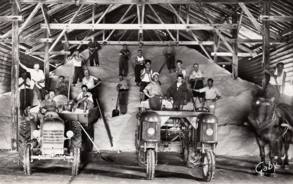 Intérieur hangar à sel vers 1960